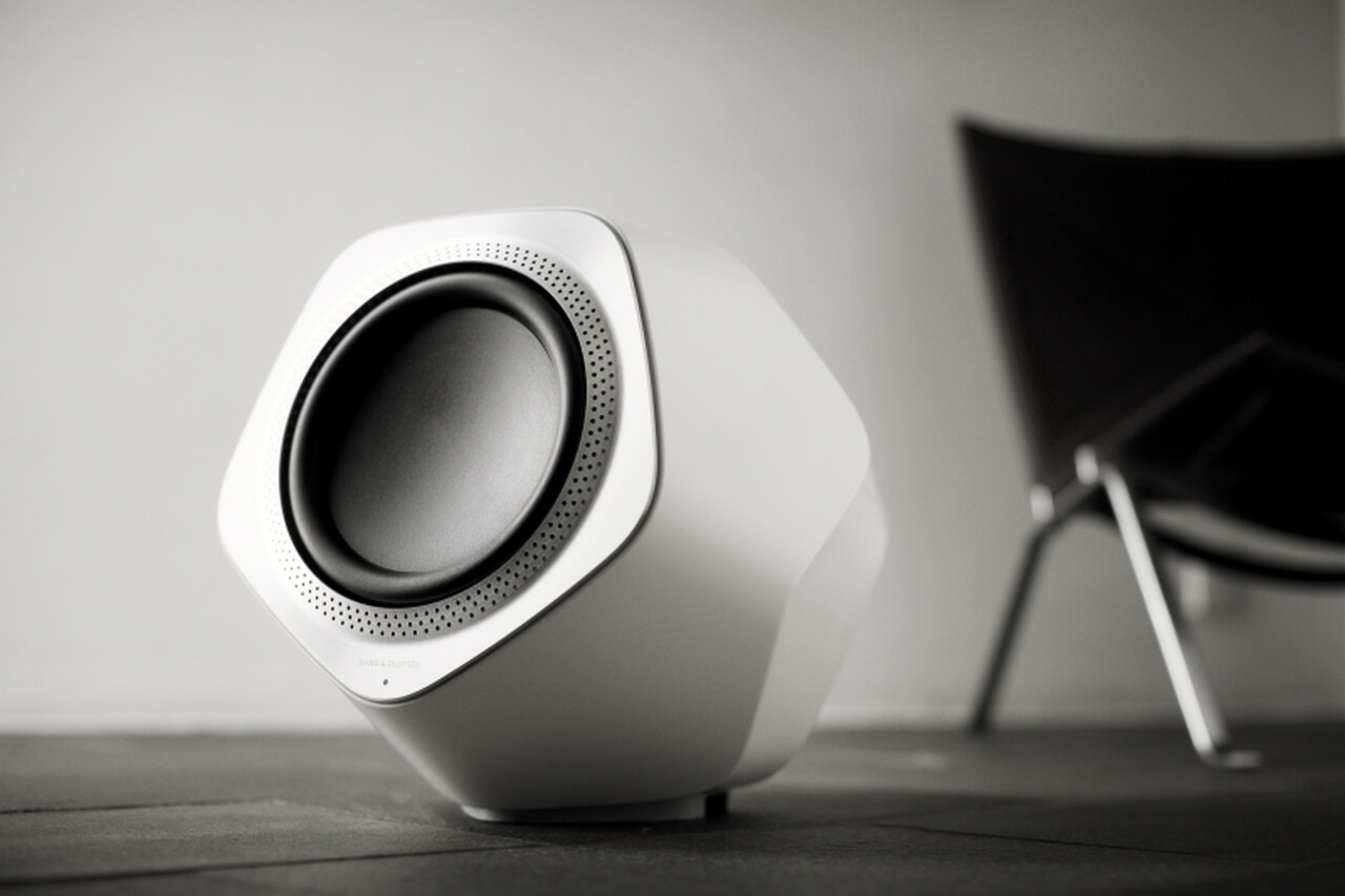 BeoLab 19 gives the soundscape special depth and emotionality