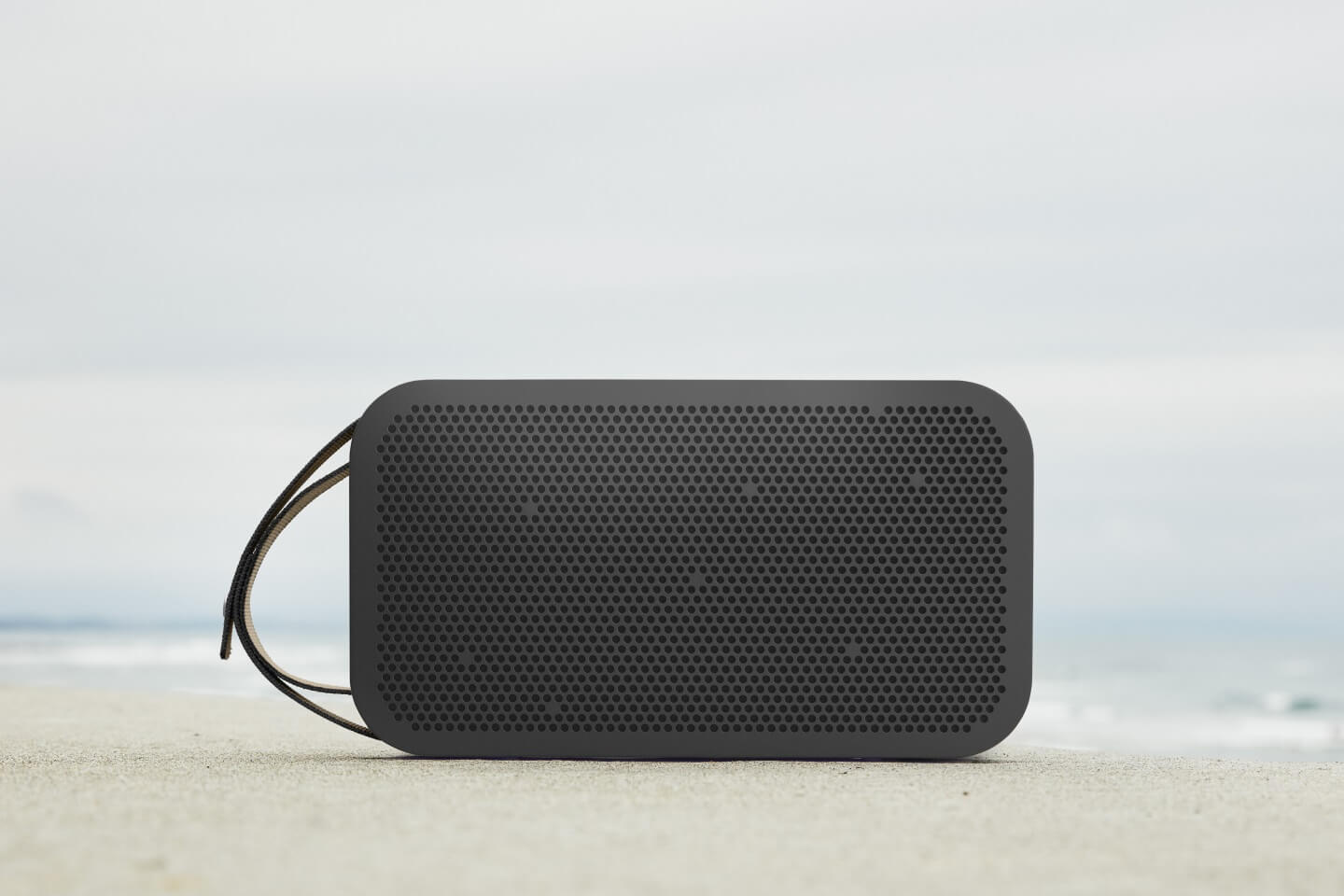 BeoPlay A2 Active - natural