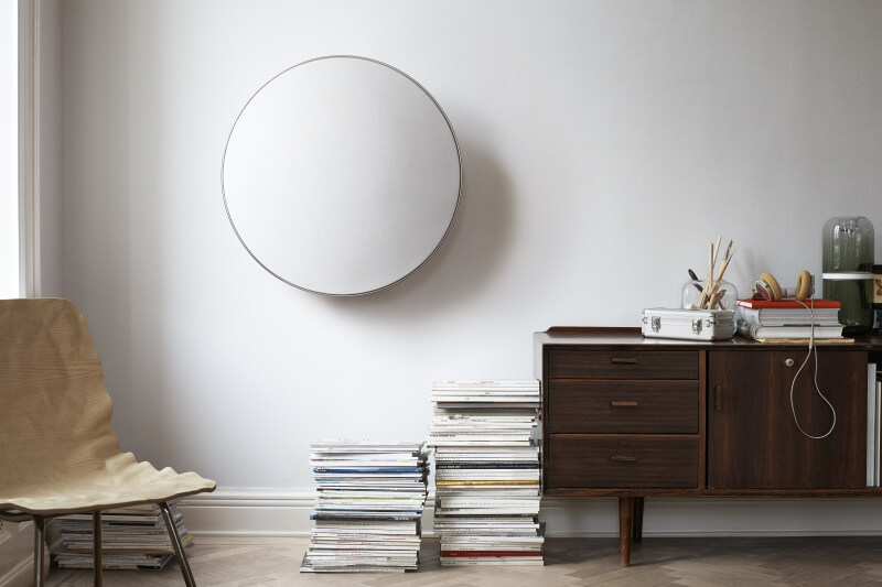 BeoPLay A9 - floor or wall mounting possible