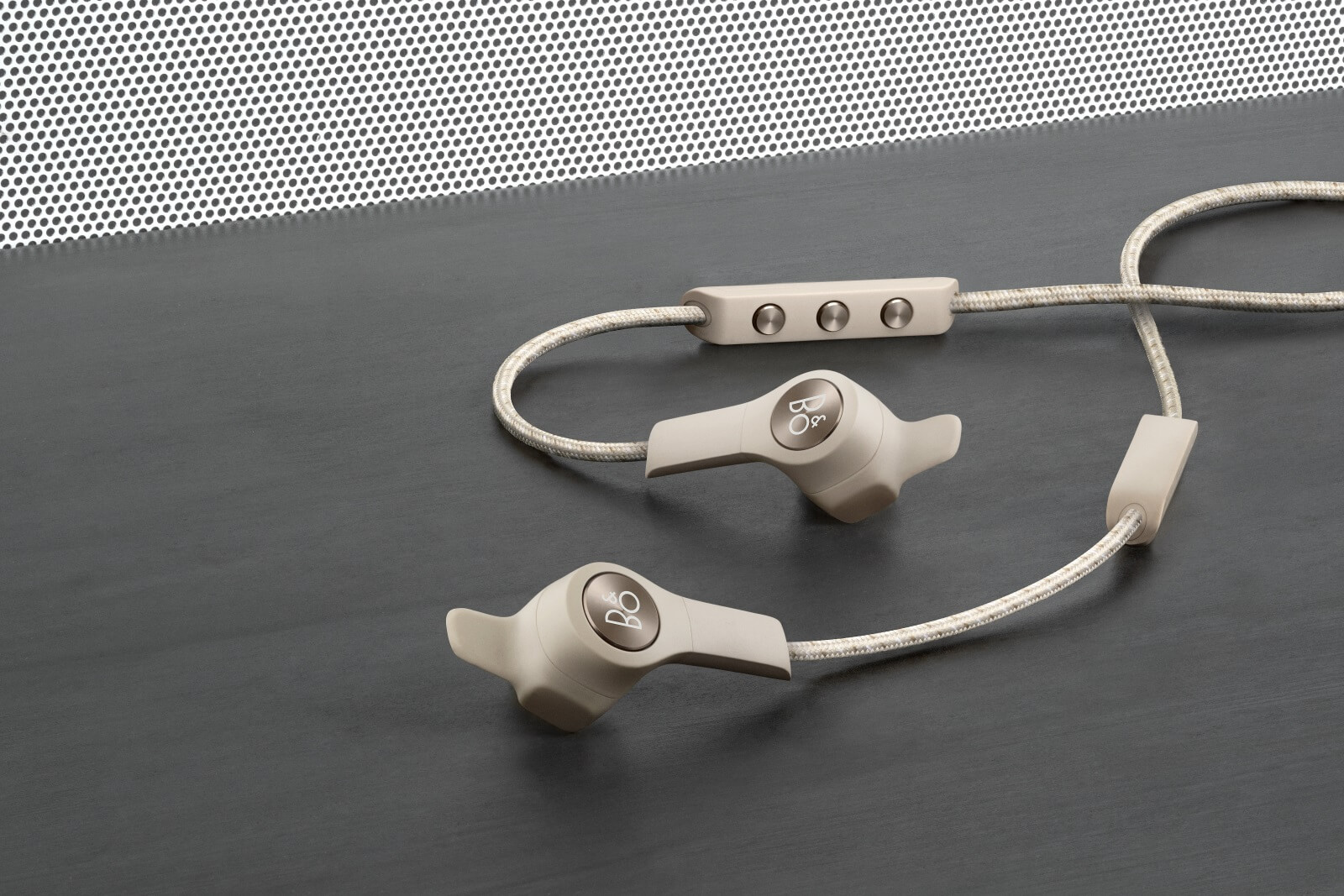 BeoPlay E6 - Update des BeoPlay H5