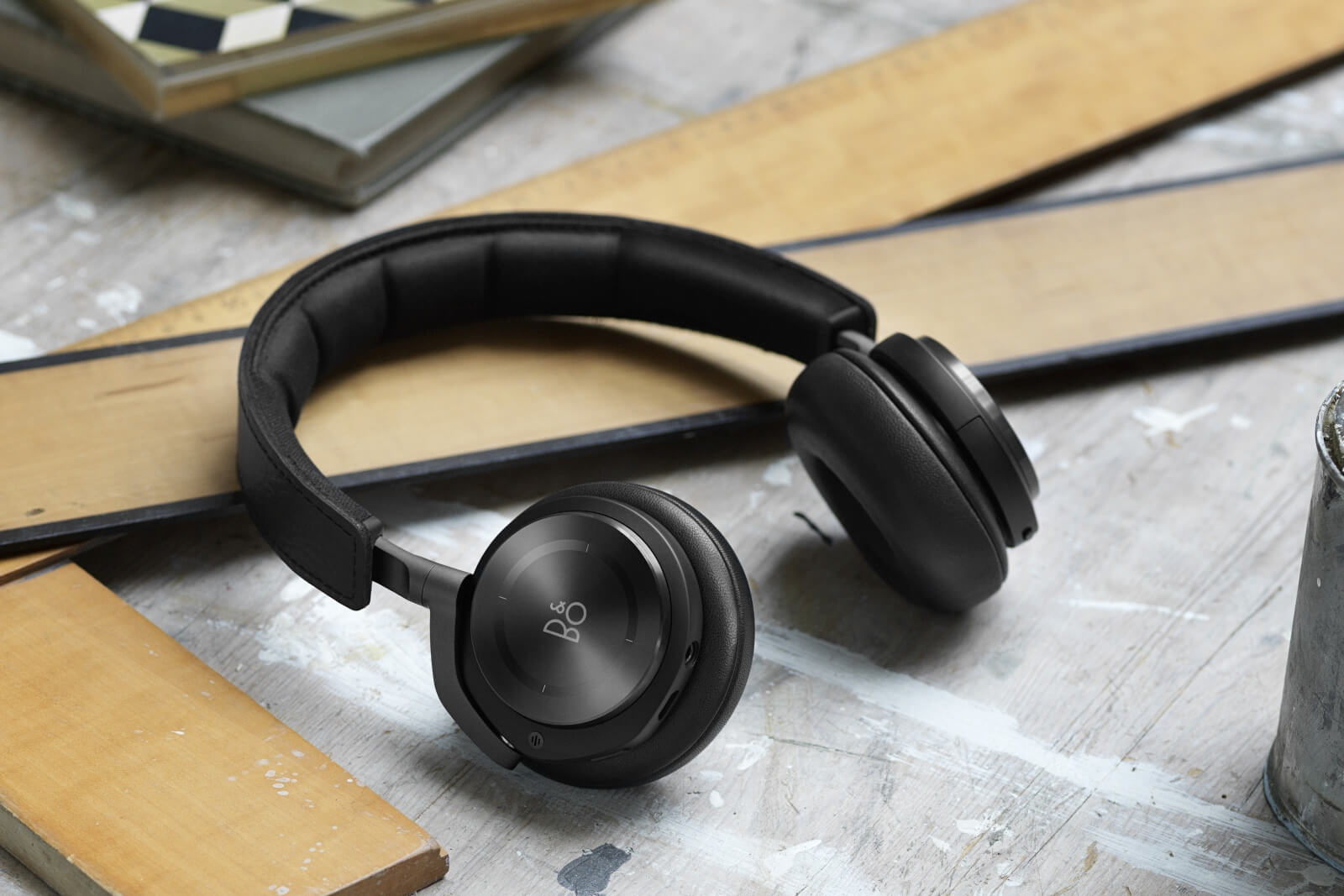 BeoPlay H8 mit  Active Noise Cancellation