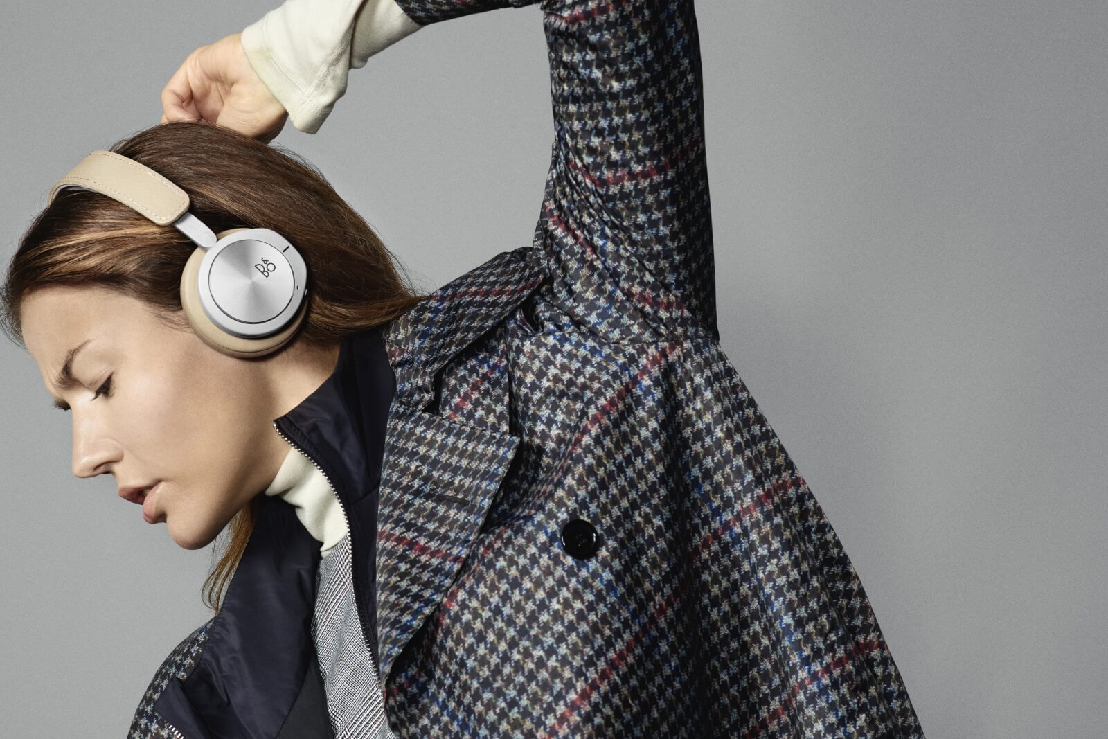BeoPlay H8i - Bluetoth On-Ear headphones with ANC