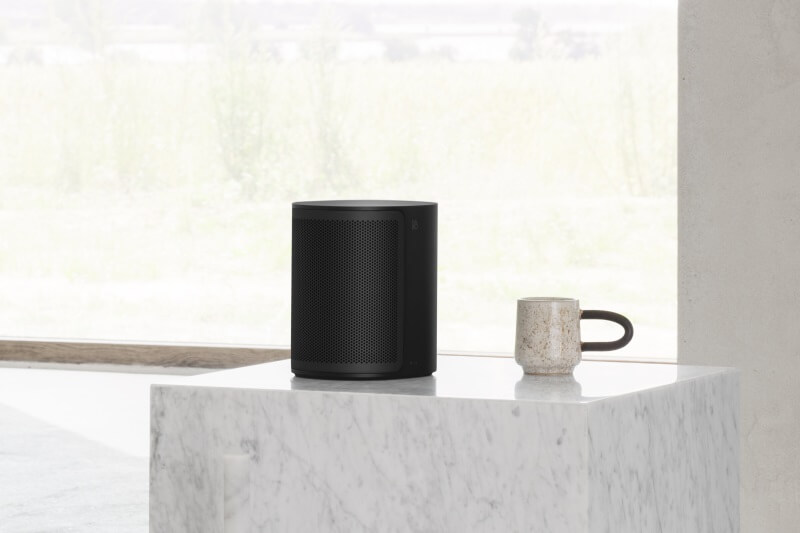 BeoPlay M3 black with aluminum cover