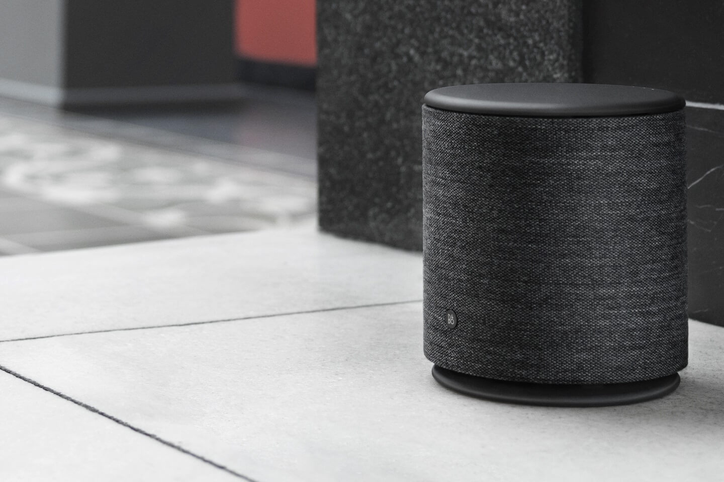 BeoPlay M5 black