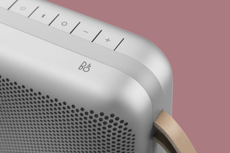 BBeoPlay P6 na Bedientasten