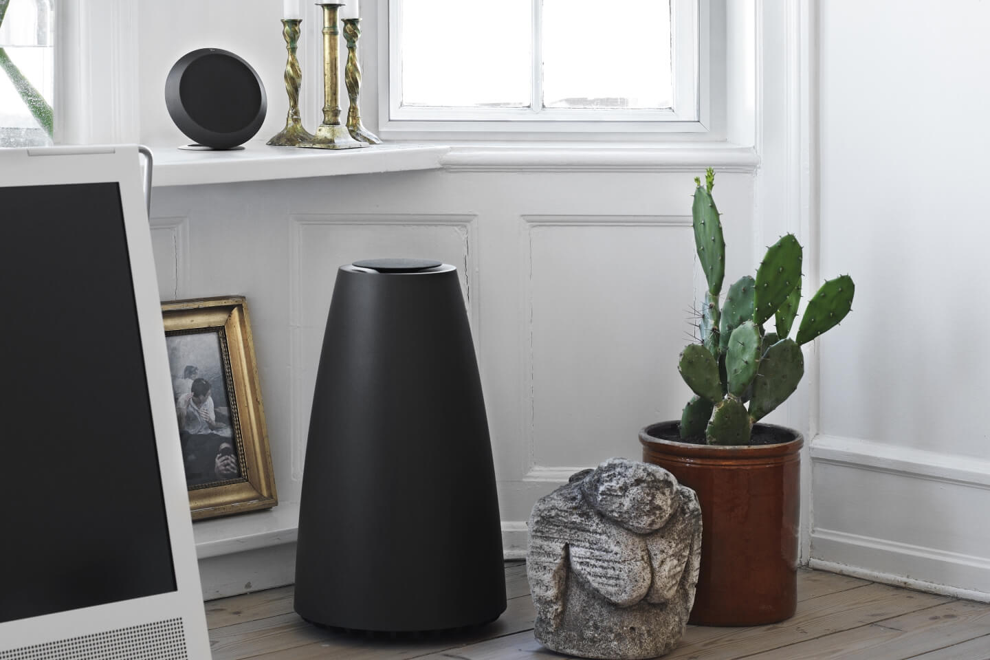BeoPlay S8- compact 2.1 stereo- speaker system.