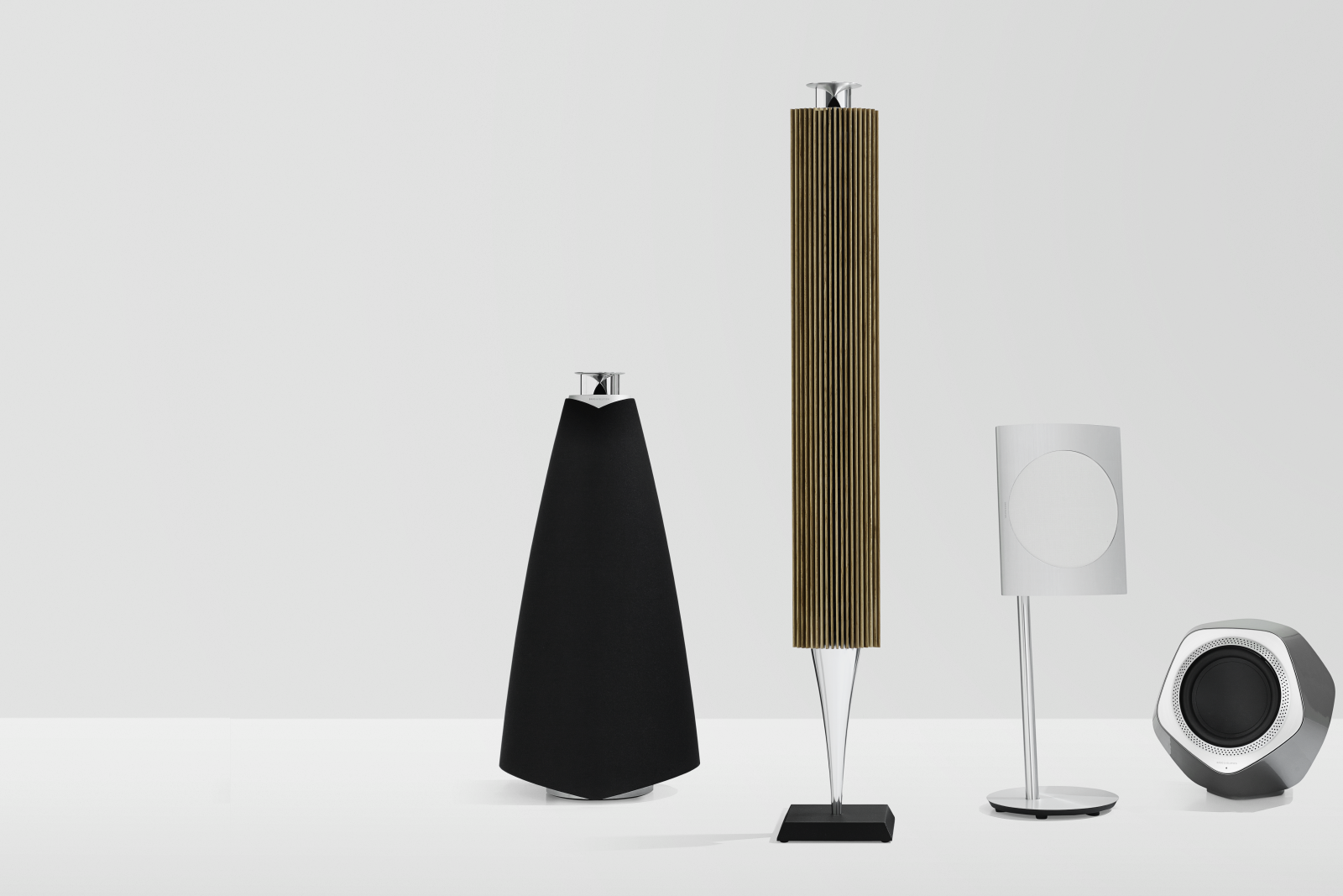 BeoSound Moment is ready for Immaculate Wireless Sound