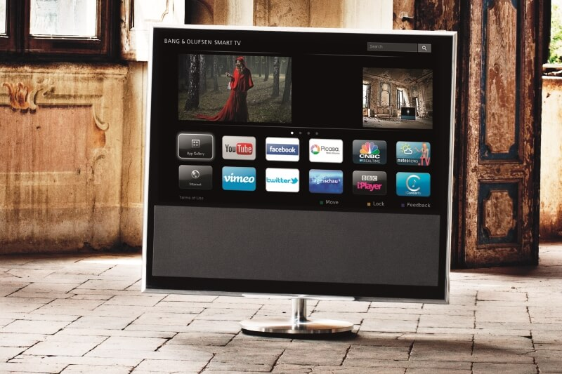 BeoVision 11 with Smart TV-platform