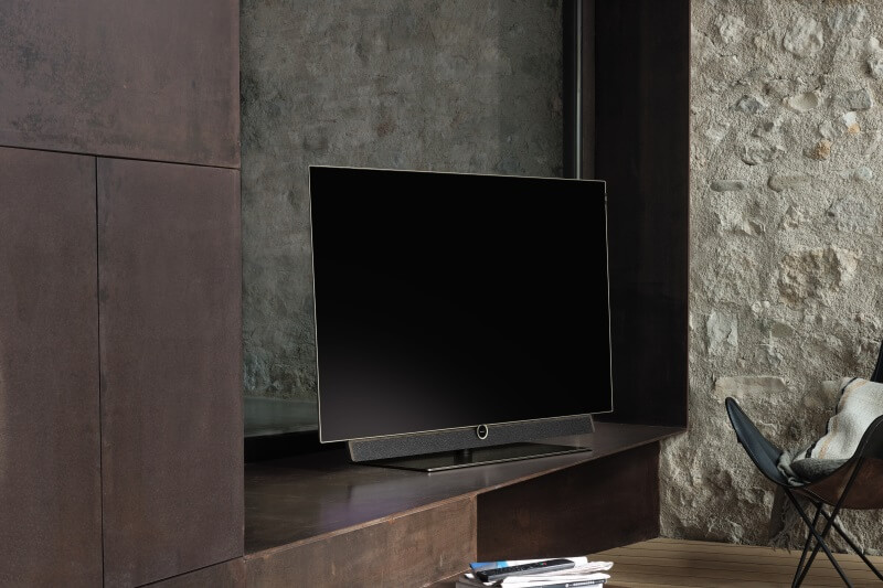 Bild 5 Oled as Set incl. soundbar and table stand
