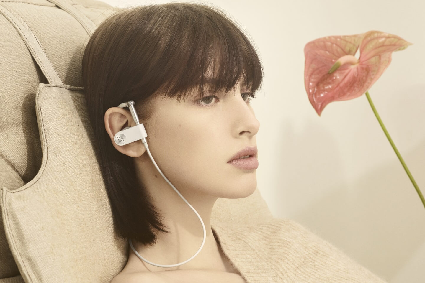 Bang & Olfsen EarSet - companion for on the go.
