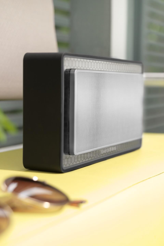 T7 Wireless schwarz  -Seitenansicht